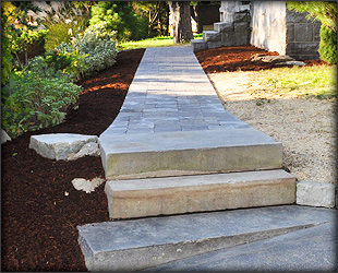 Petersen Landscaping and Design - Walkways Gallery